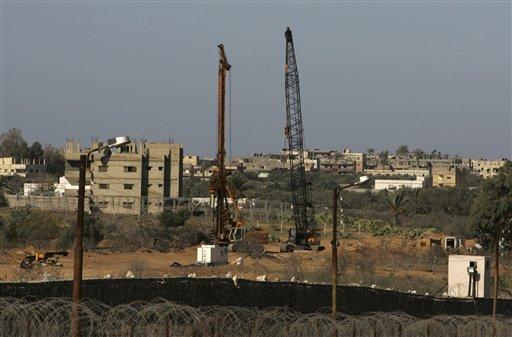 Egypt Gaza wall ap.jpg