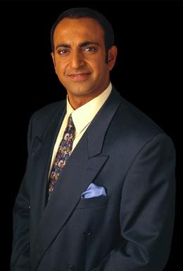 Riz Khan.jpg