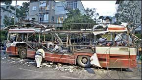 israel_bus_bomb_060303.jpg