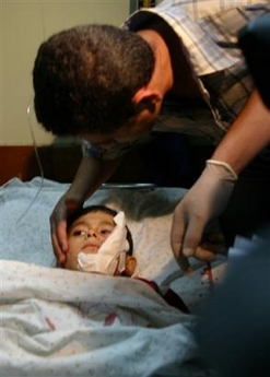 capt.xjrl10208022135.mideast_israel_palestinians_rockets_xjrl102.jpg