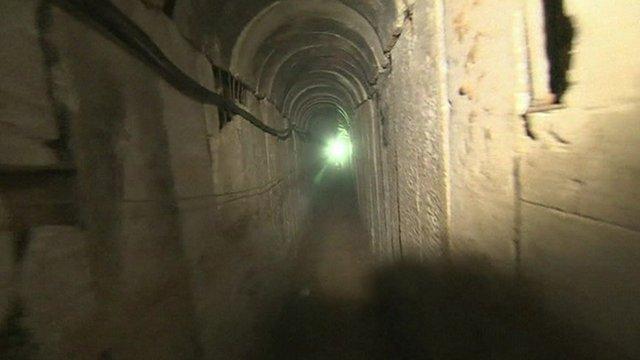 gaza tunnel.jpg